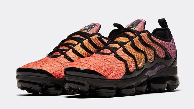 liberal entusiasta Consulado  Nike Air VaporMax Plus Bright Crimson | Where To Buy | 924453-604 | The  Sole Supplier