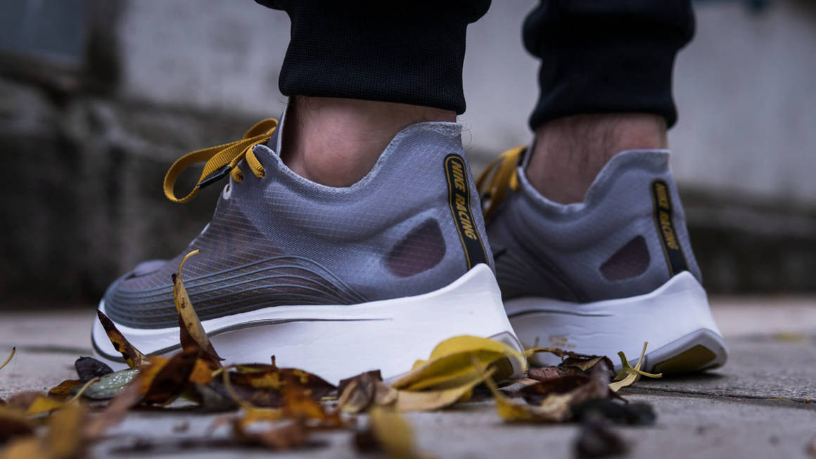 Máquina de escribir amistad partícula  Latest Nike Zoom Fly Trainer Releases & Next Drops | The Sole Supplier
