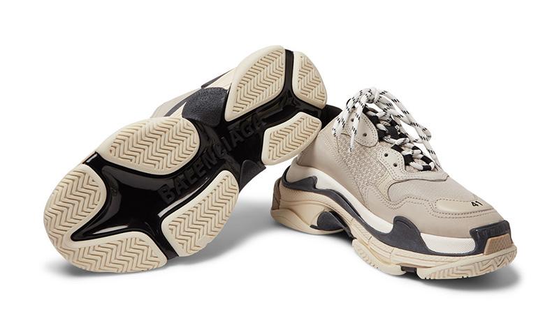Balenciaga Triple S Sneakers Beige in beige fashionette