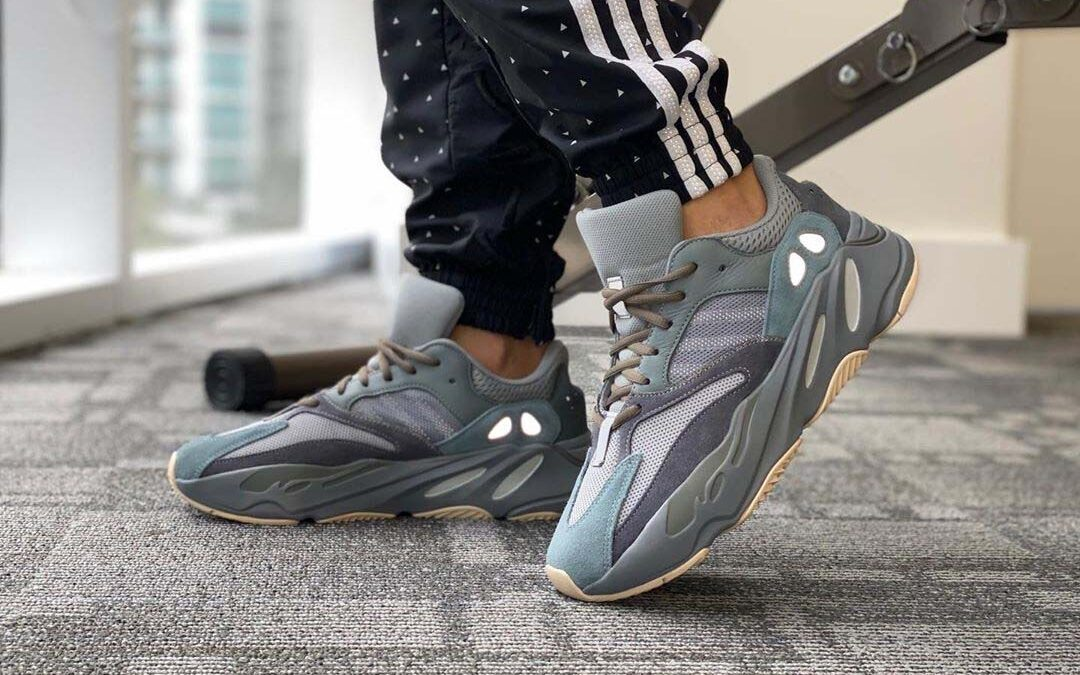 An On Foot Look At The Yeezy 700 'Teal Blue' | The Sole Supplier