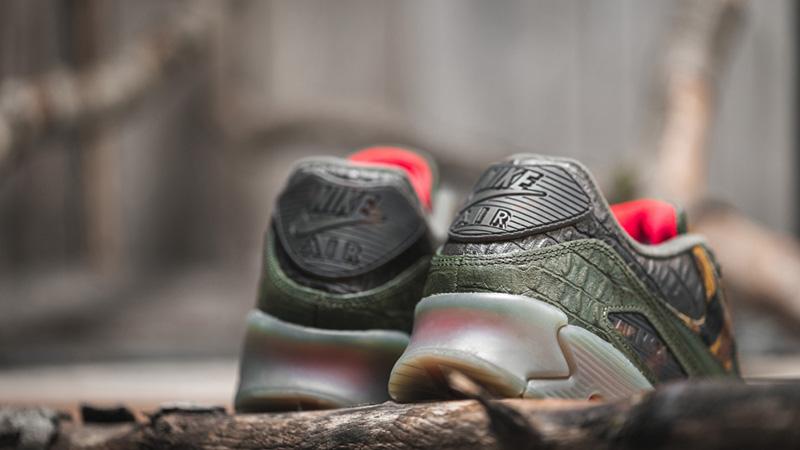 Nike Air Max 90 Gator Green | 43einhalb Sneaker Store