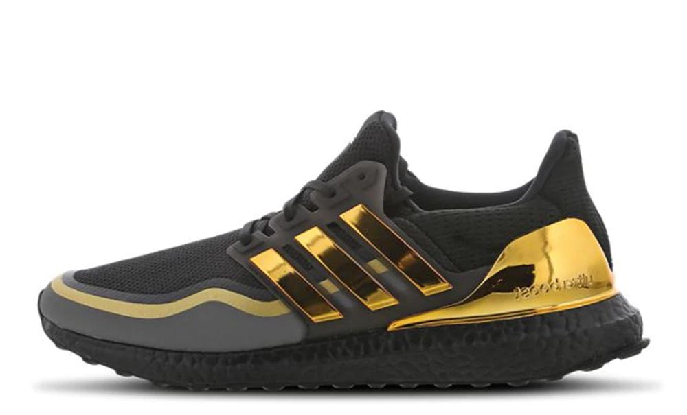 adidas Ultra Boost 2019 Black Gold EG8102