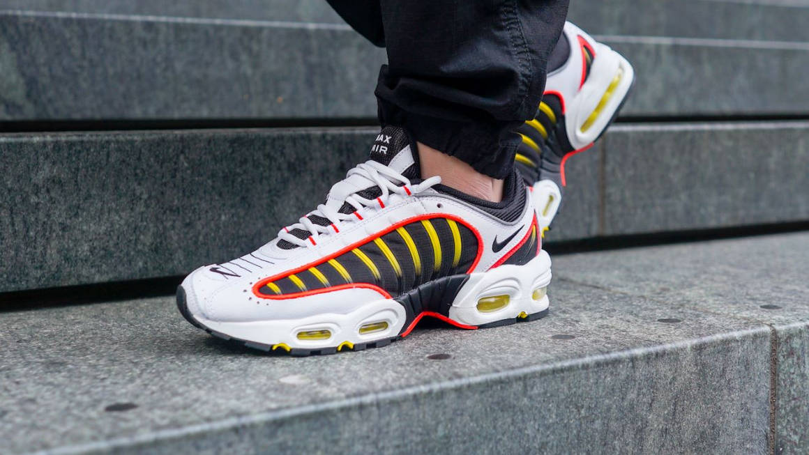 Take A Look At Our Unboxing Of The Nike Air Max Tailwind 4 Bright Crimson