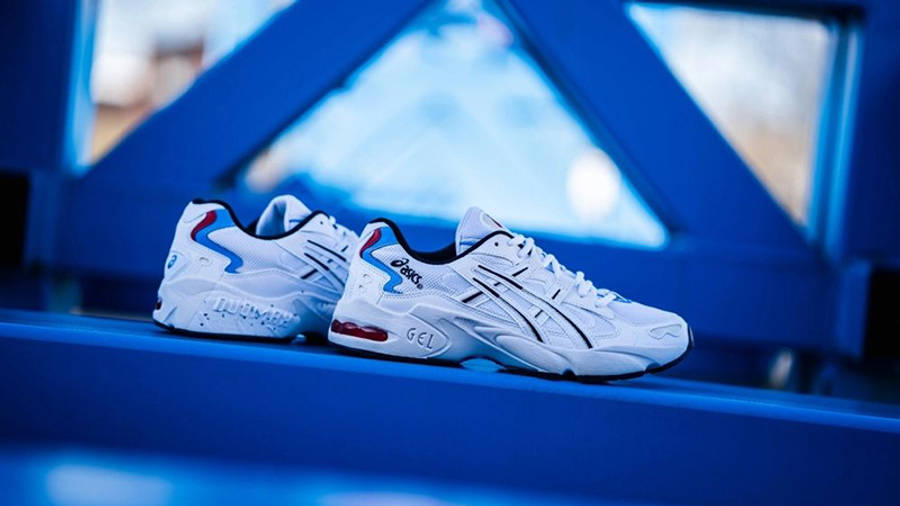 ASICS GEL-Kayano 5 White Red 1021A280-100 front