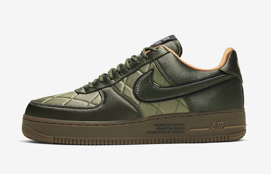 Nike AF1 Quilted Flight Jacket olive