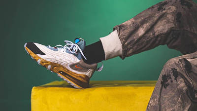 Scott x Nike Air Max 270 React Cactus Jack CT2864-200 on foot front