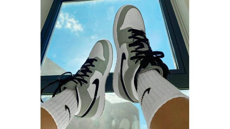 Jordan 1 Mid Smoke Grey Where To Buy 554724 092 The Sole