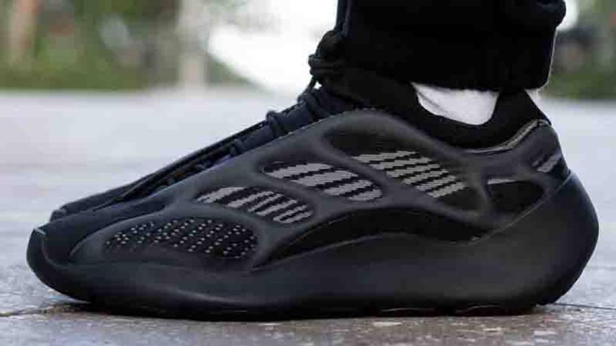 Yeezy 700 V3 Alvah On Feet1