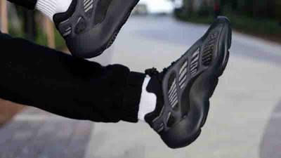 Yeezy 700 V3 Alvah On Feet2