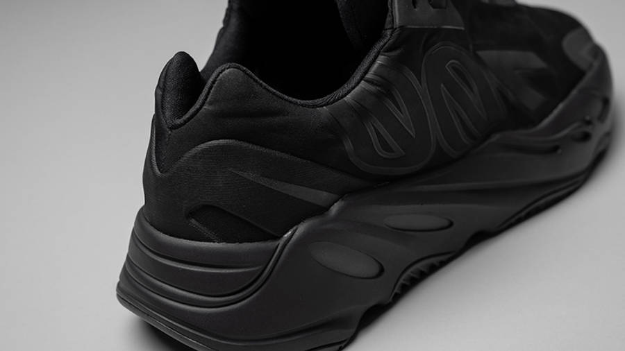 Yeezy Boost 700 MNVN Triple Black Back Closeup