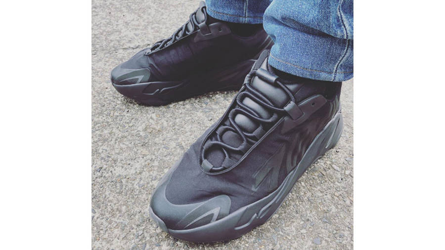 Yeezy Boost 700 MNVN Triple Black On Foot Top