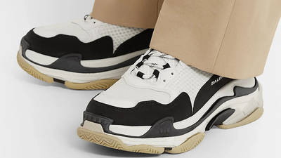 Balenciaga Triple S Mesh White Black 22831760541602292 on foot
