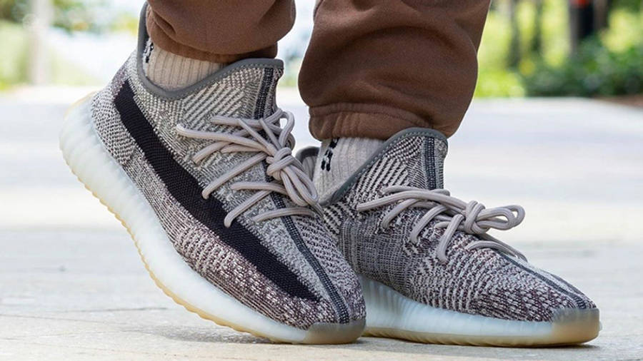 Yeezy Boost 350 V2 Zyon on foot front