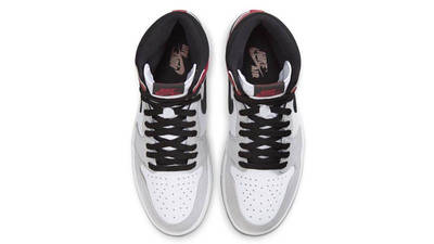 Air Jordan 1 Retro High Light Smoke Grey Middle