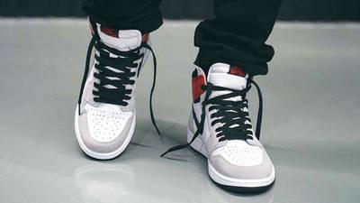 Air Jordan 1 Retro High Light Smoke Grey On Foot Front 1