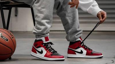 Jordan 1 Mid Chicago Black Toe   Where To Buy   554724-069   The ...