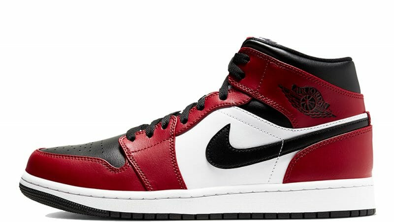 Jordan 1 Mid Chicago Black Toe Where To Buy 554724 069 The