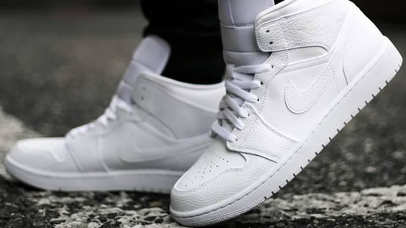 jordan 1 all white on feet