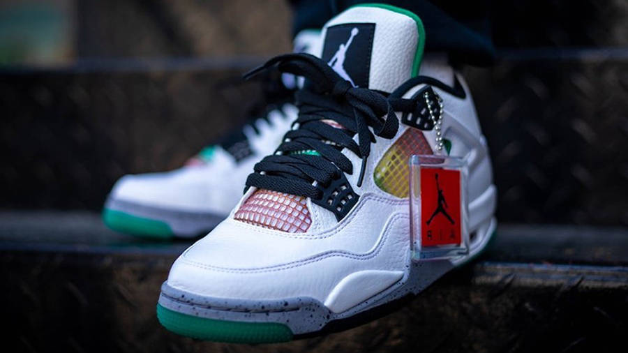 Jordan 4 Rasta AQ9129-100 on foot