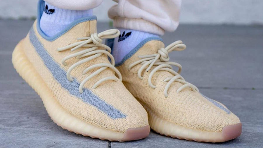 Yeezy Boost 350 V2 Linen On Foot Front