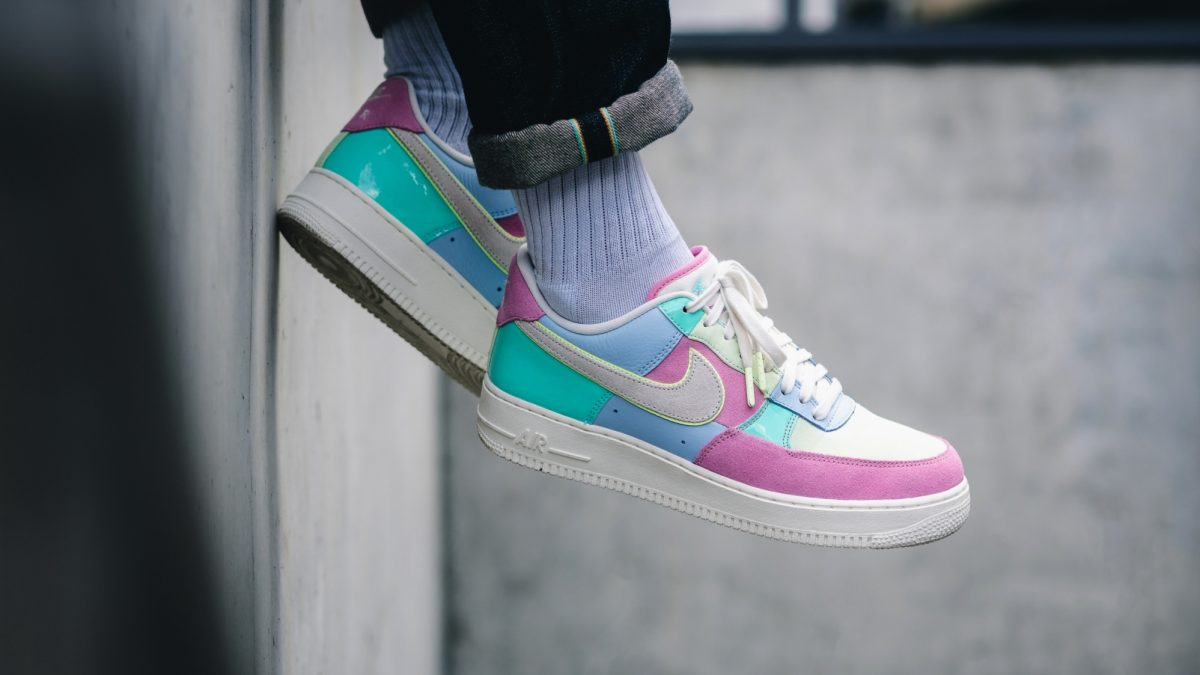 air force 1 easter on feet