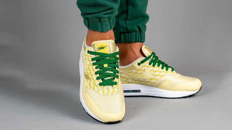 Nike Air Max 1 Powerwall Lemonade On Foot Front