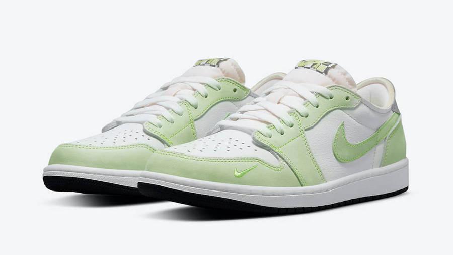 Jordan 1 Low OG Ghost Green Front