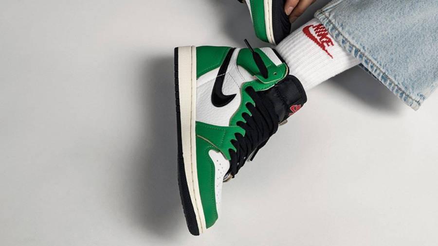 Jordan 1 Retro High OG Lucky Green On Foot