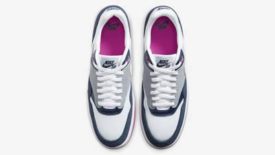 Nike SB GTS Return Premium Navy Pink Middle