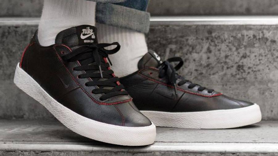 Nike SB Zoom Bruin NBA Chicago Bulls Black AR1574-001 on foot