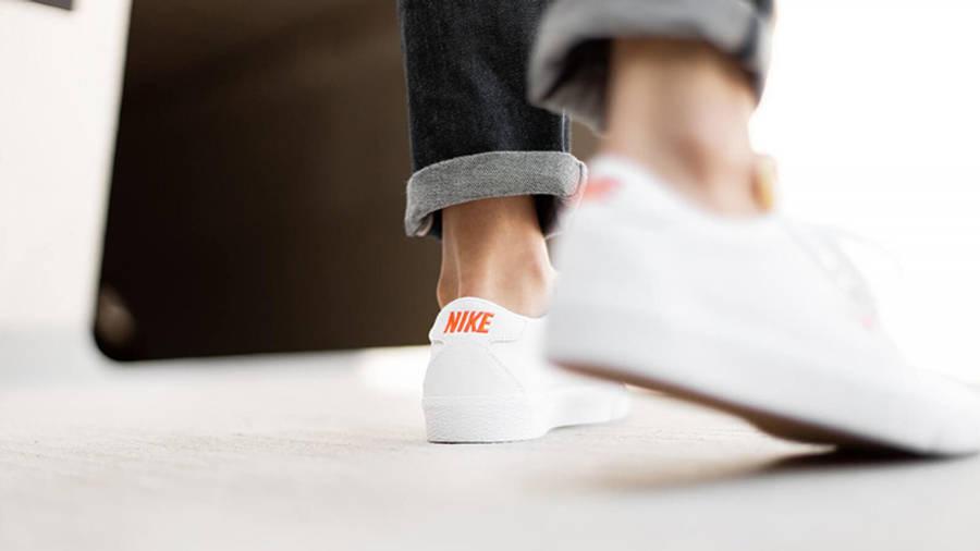 Nike SB Zoom Bruin White Orange AQ7941-101 on foot back
