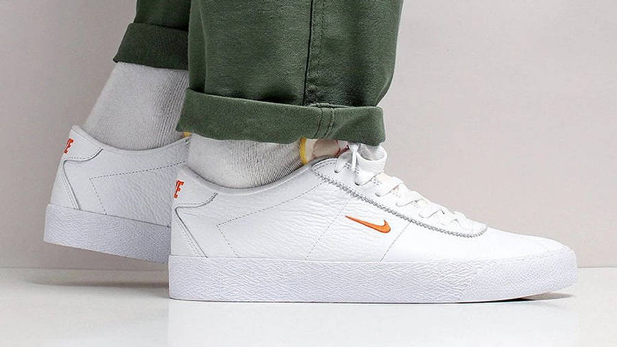 Nike SB Zoom Bruin White Orange AQ7941-101 on foot