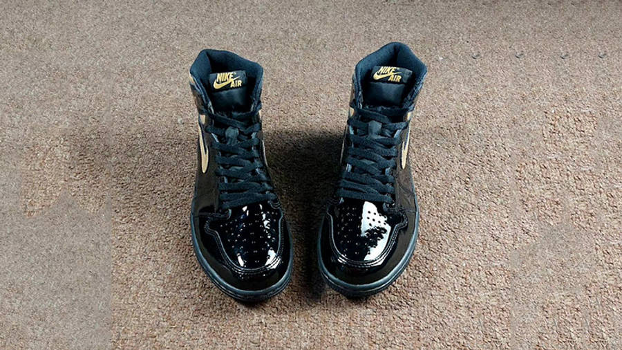 Jordan 1 High OG Patent Black Gold 555088-032 middle