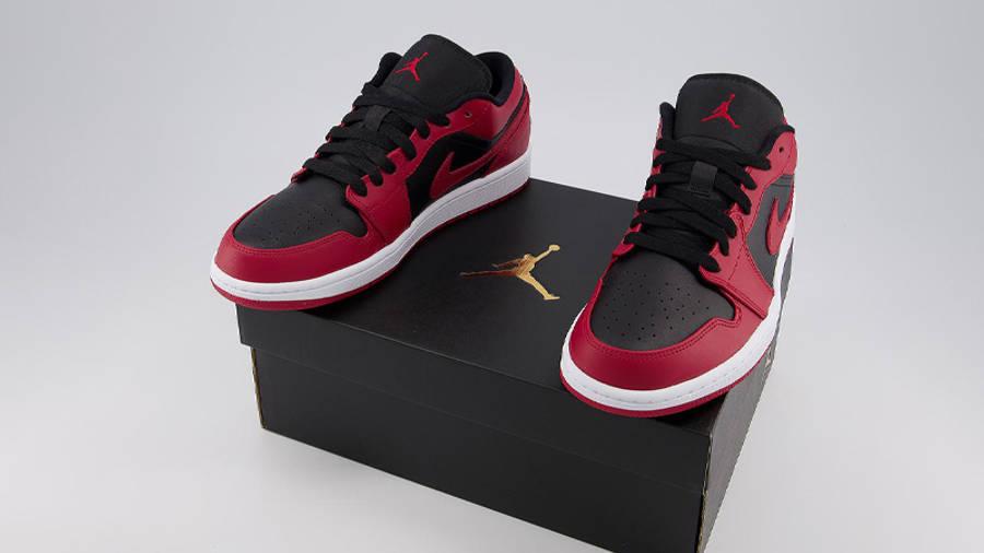 Jordan 1 Low Gym Red Black On Box