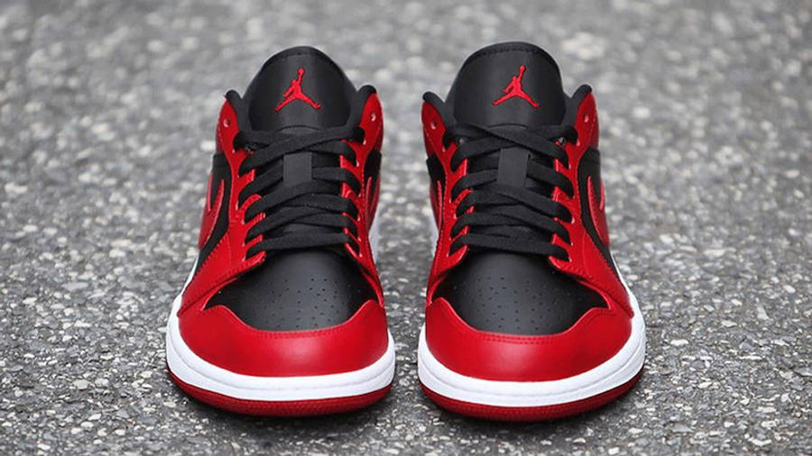 Jordan 1 Low Reverse Bred Lifestyle Front