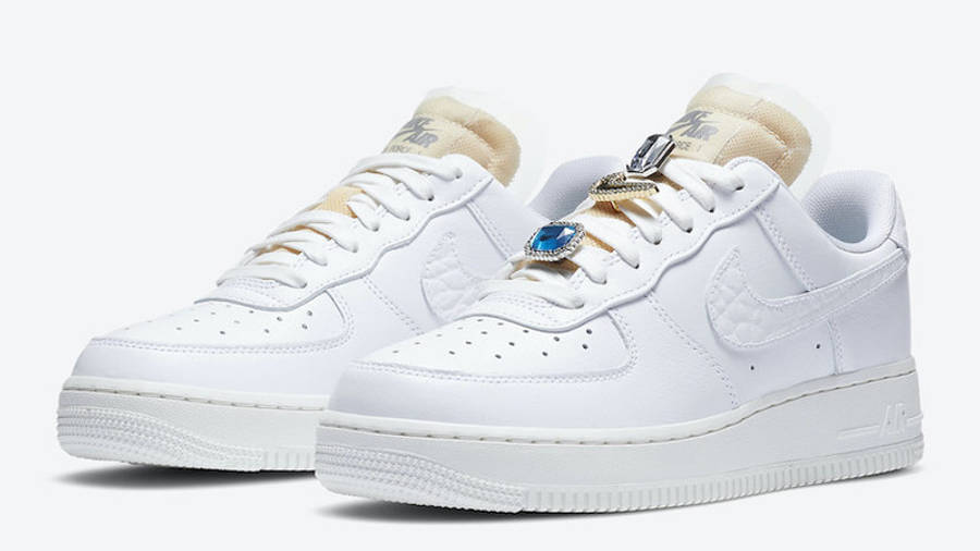 Nike Air Force 1 07 LX White Onyx Front
