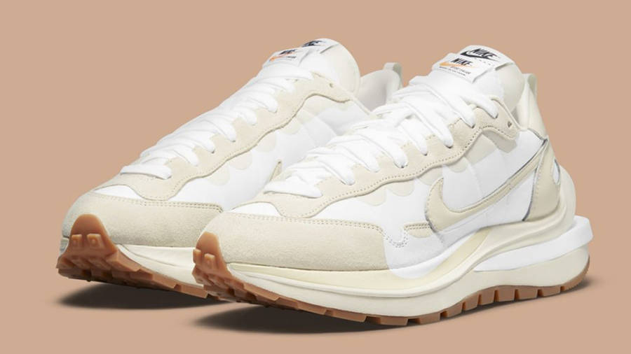 sacai x Nike VaporWaffle White Sail DD1875-100 Side