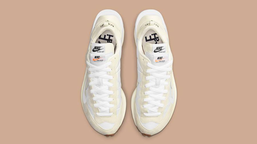 sacai x Nike VaporWaffle White Sail DD1875-100 Top