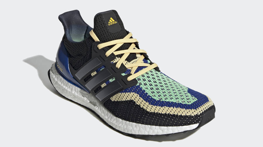 adidas Ultra Boost DNA Black Glory Mint Front
