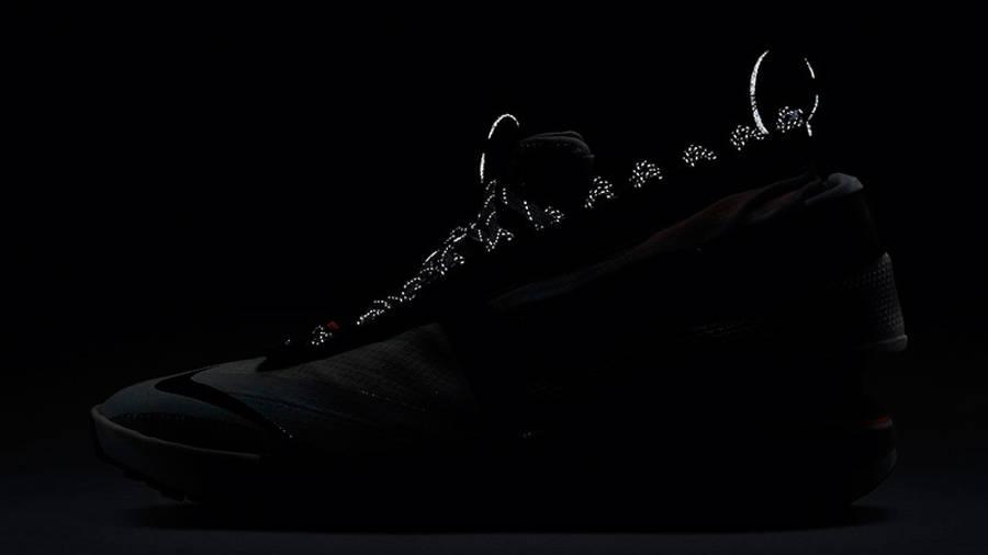 Nike Drifter Gator ISPA Hyper Crimson CI1392-100 in dark