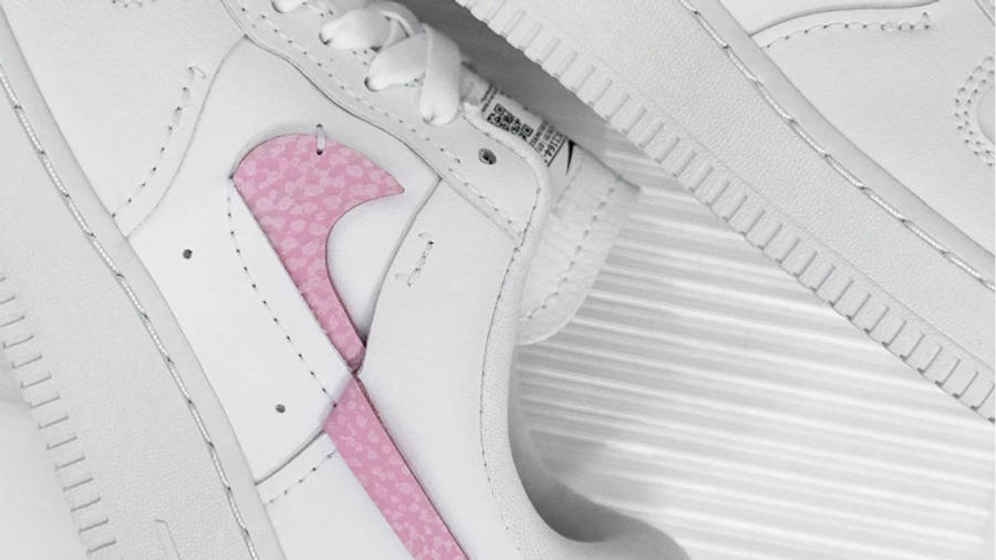 Nike Air Force 1 LXX White Pink Lifestyle Side