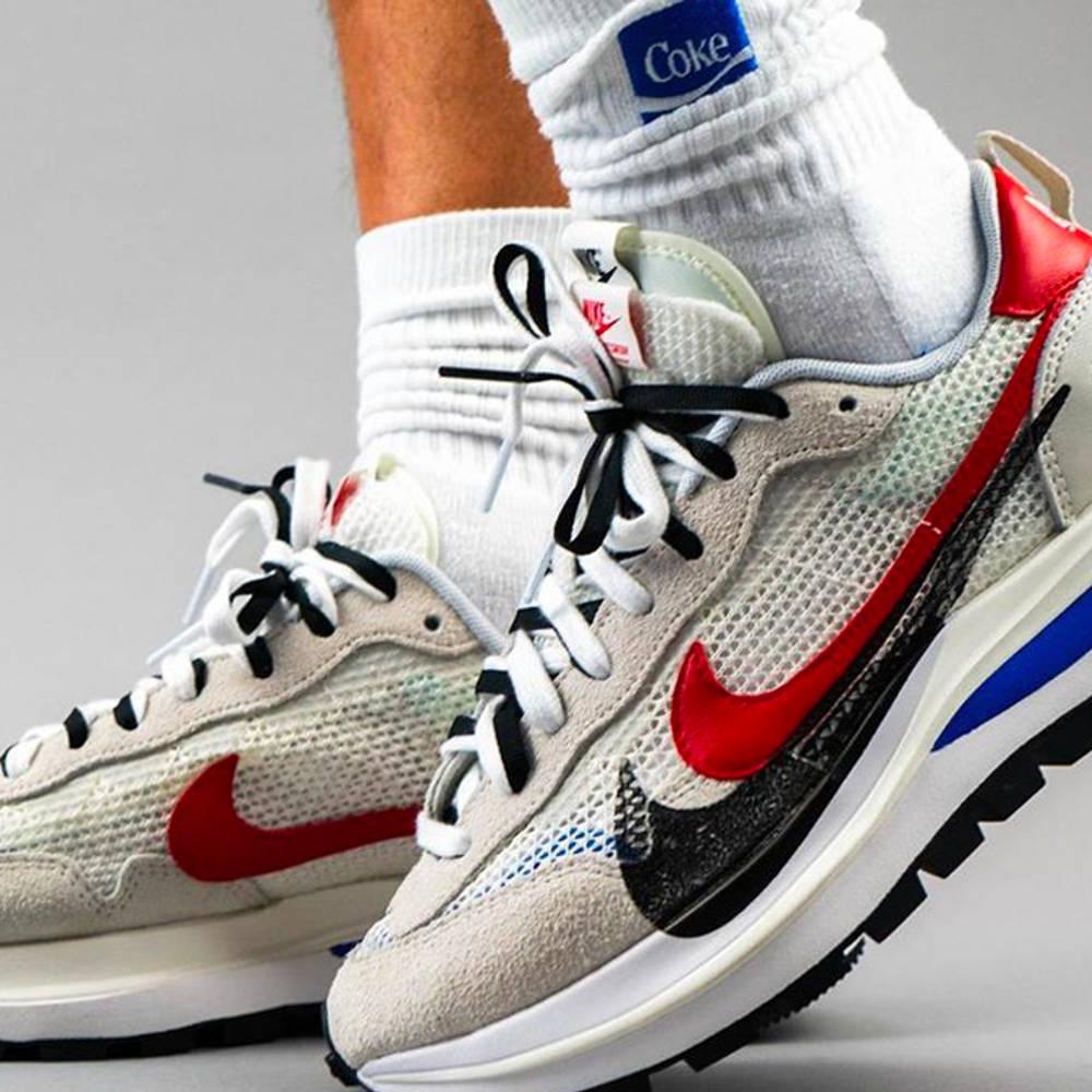 sacai x Nike VaporWaffle Sail Raffles
