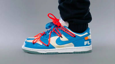 Off-White x Nike SB Dunk Low UNC On Foot Side
