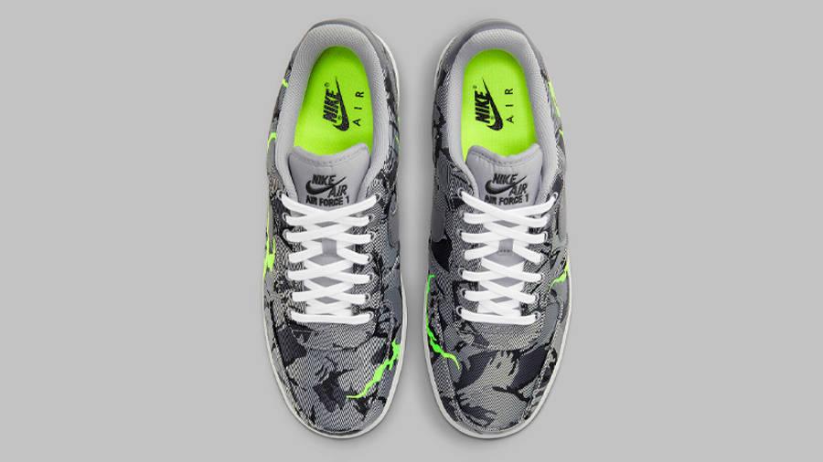 Nike Air Force 1 07 LX Light Smoke Grey Middle