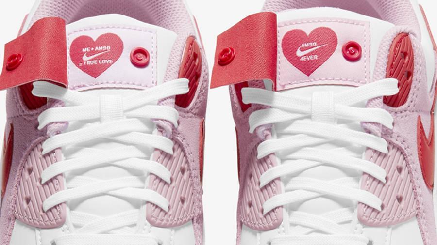 Nike Air Max 90 QS Valentines Day Closeup