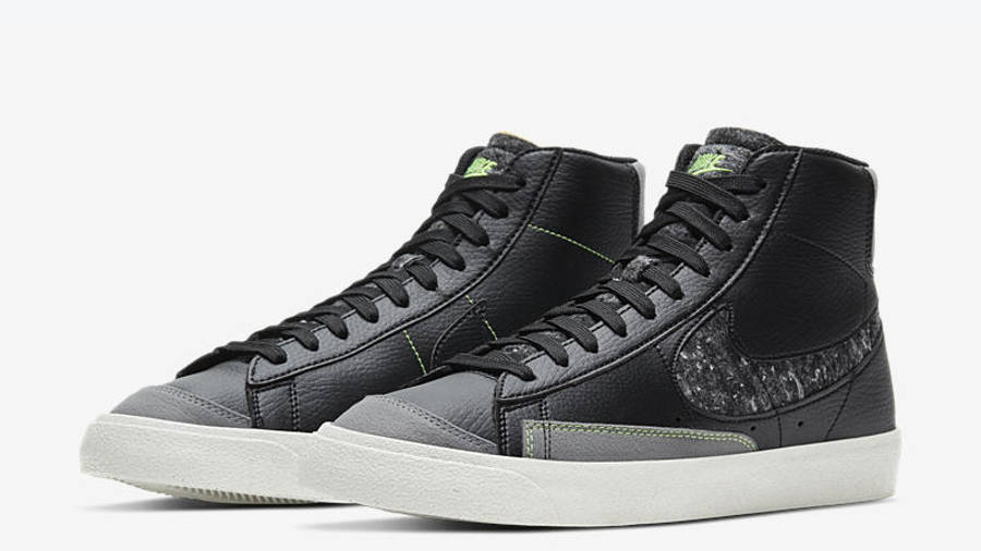 Nike Blazer Mid 77 Vintage Black Smoke Grey Front