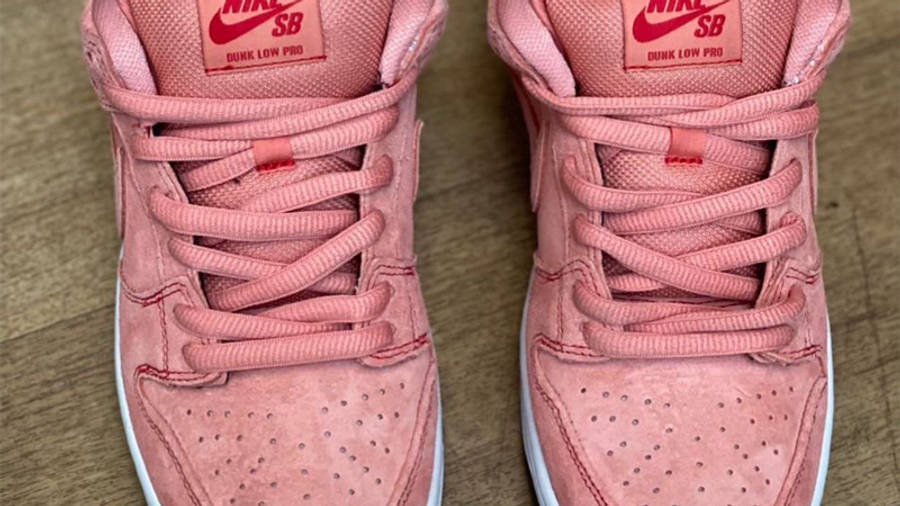Nike SB Dunk Low Pink Pig First Look Top
