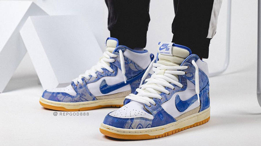 Carpet Company x Nike Dunk High White Royal Pulse on foot front
