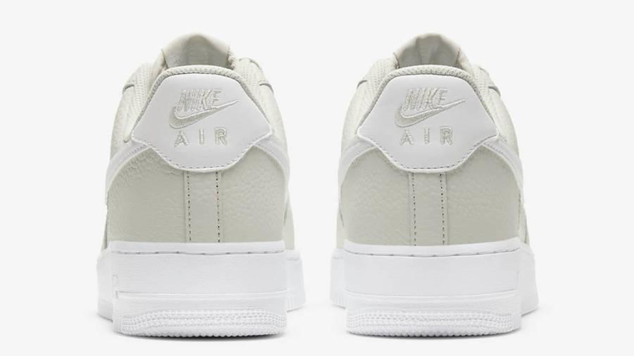 Nike Air Force 1 07 Light Bone Back