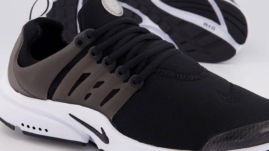 Nike Air Presto Black White Side Closeup